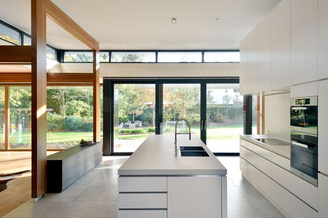 Nieuws complete interieur inrichting villa interveld for Villa interieur moderne